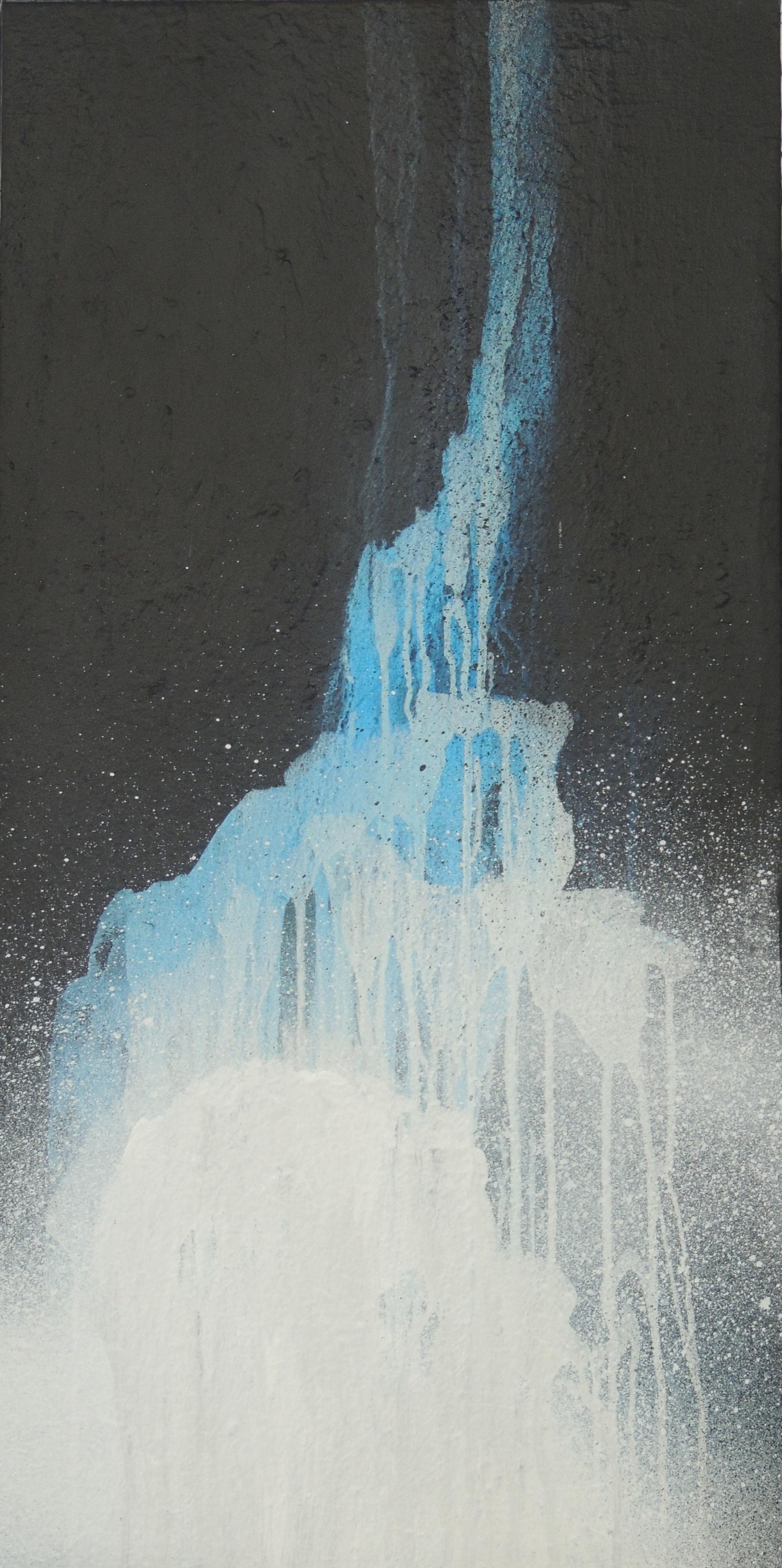 Tall Falls 4. 102X51.750